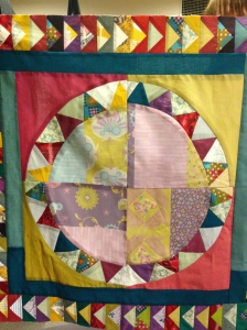 Clair used her own @beeandlotus fabric in the centre - bold and beautiful!